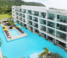 Bilde av hotellet The Old Phuket Karon Beach Resort - nummer 1 av 20
