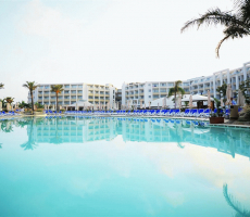 Bilde av hotellet db Seabank Resort + Spa - nummer 1 av 23