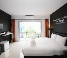Bilde av hotellet The Artist House Patong - nummer 1 av 16