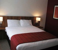 Bilde av hotellet Ramada by Wyndham Hounslow - Heathrow East - nummer 1 av 24